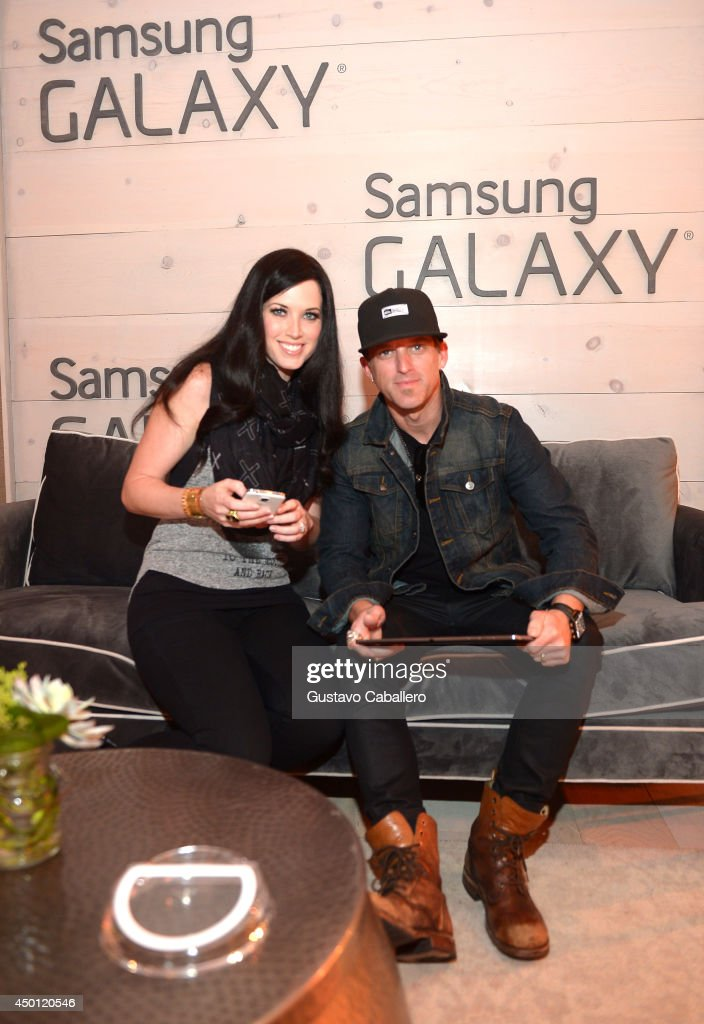 Shawna Thompson and Keifer Thompson of Thompson Square at the Samsung Galaxy Artist Lounge at the 2014 CMA Music Festival on June 5 2014 in Nashville...