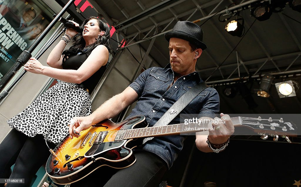 Shawna Thompson and Keifer Thompson of Thompson Square perform during 'FOX Friends' All American Concert Series outside of FOX Studios on August 23...