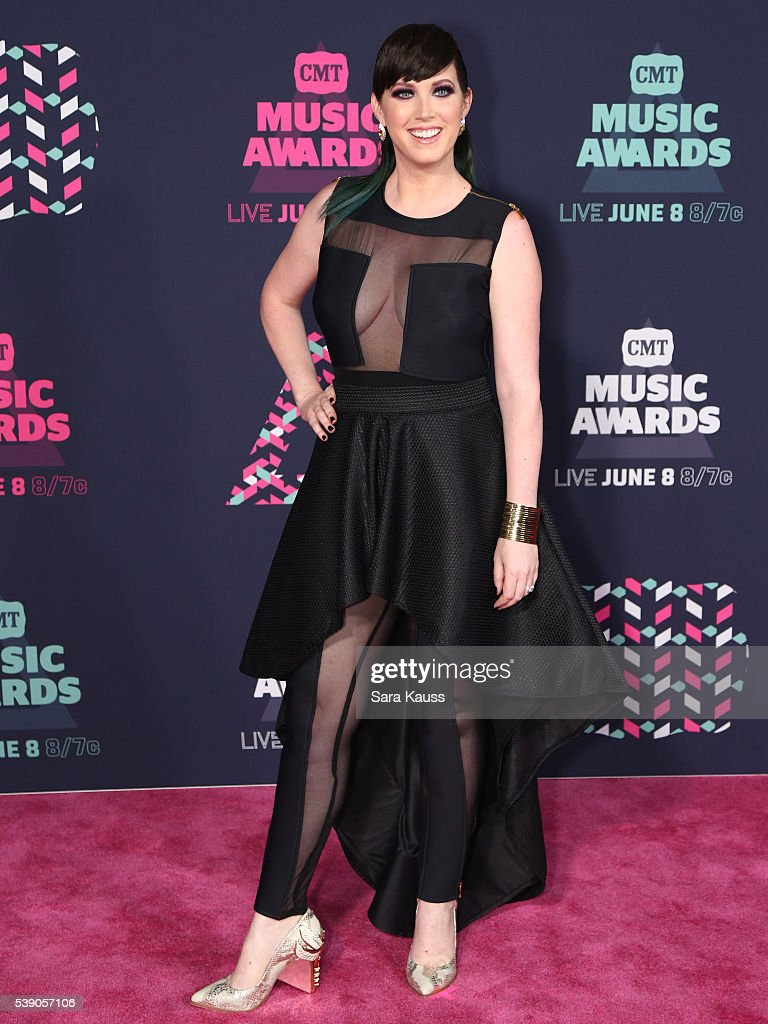 Shawna Thompson attends the 2016 CMT Music awards at the Bridgestone Arena on June 8 2016 in Nashville Tennessee