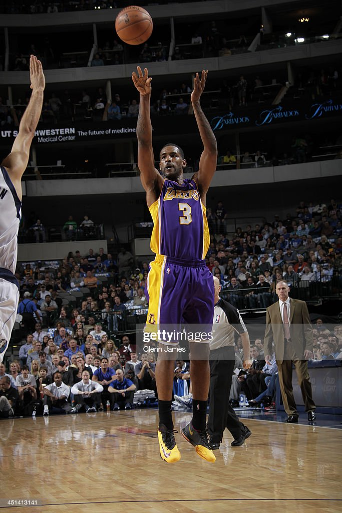 <a gi-track='captionPersonalityLinkClicked' href=/galleries/search?phrase=Shawne+Williams&family=editorial&specificpeople=728608 ng-click='$event.stopPropagation()'>Shawne Williams</a> #3 of the Los Angeles Lakers shoots the ball against the Dallas Mavericks on November 5, 2013 at the American Airlines Center in Dallas, Texas.