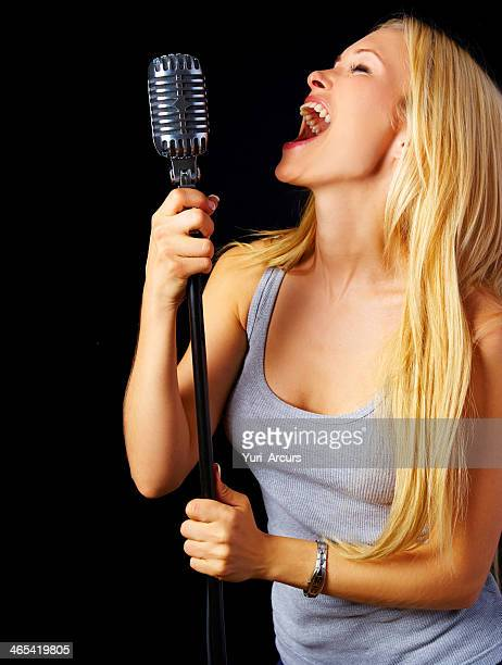 Le permite la emoción a través de música