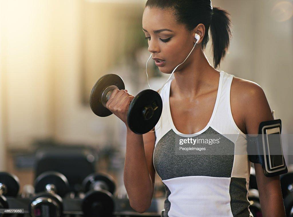 She never Sprünge ein Fitnessstudio-Training : Stock-Foto