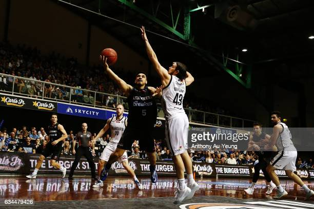Shea Ili of the Breakers puts up a shot against Chris Goulding of United during the round 19 NBL match between the New Zealand Breakers and Melbourne...