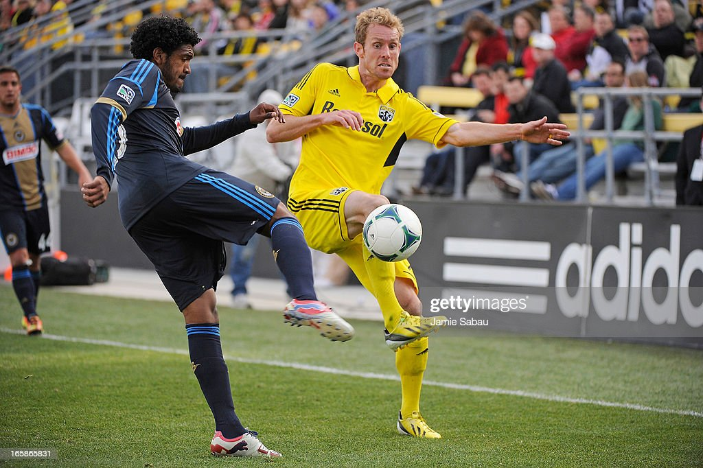 Sheanon Williams #25 of Philadelphia Union and Tyson Wahl #2 of the Columbus Crew battle for control of the ball in the second half on April 6, 2013 at Crew Stadium in Columbus, Ohio. Columbus and Philadelphia played to a 1-1 tie.