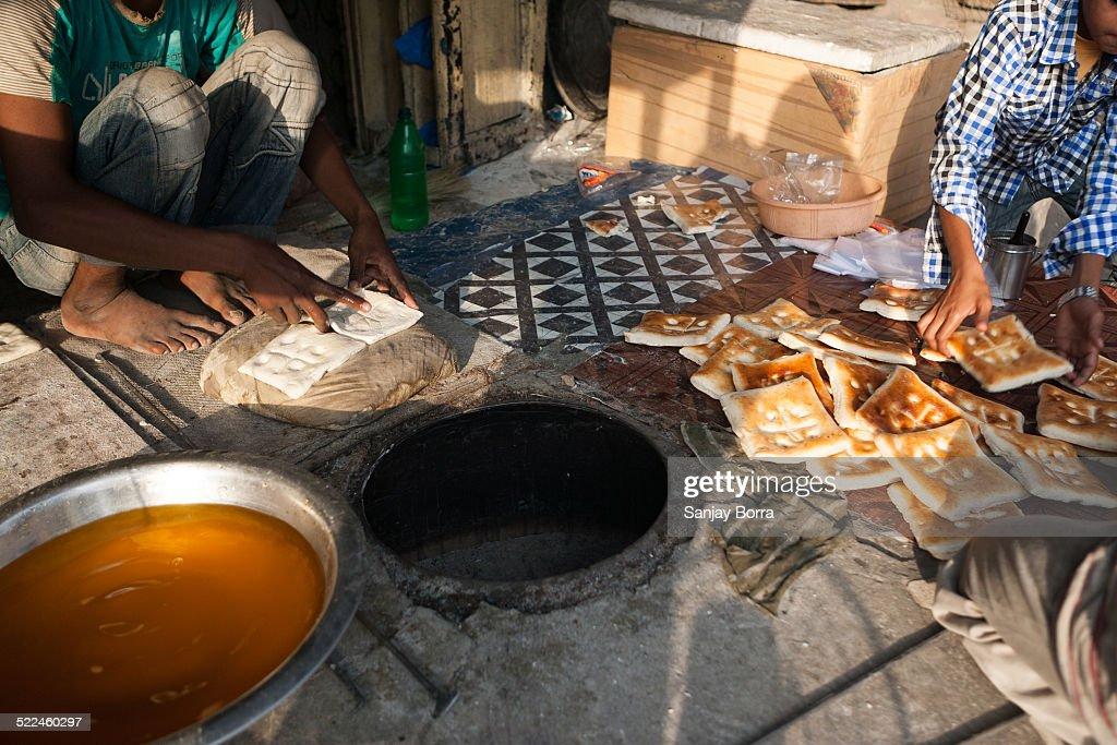 Sheermal - traditional India flat bread
