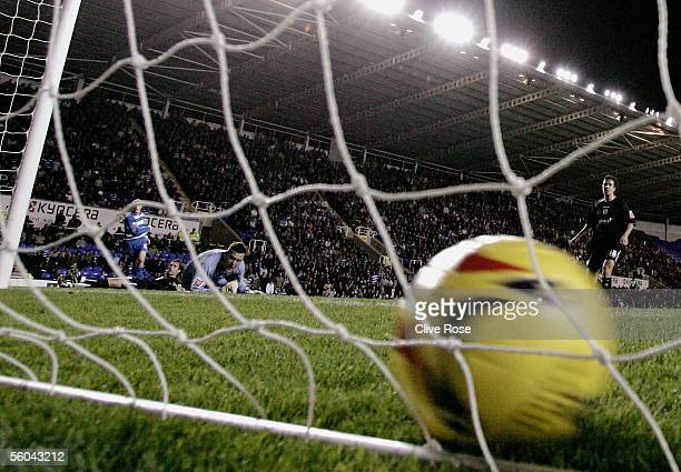 Sheffield Wednesday Goal Keeper David Lucas looks back in anguish as David Kitson's shot flies into the net during the CocaCola Championship match...