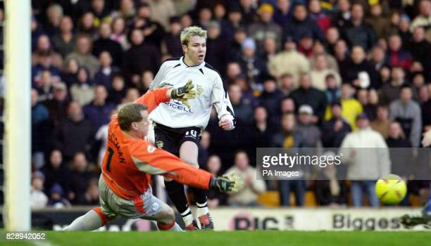 Sheffield Wednesday standin goalkeeper Kevin Pressman saves from Port Vale's Steve McPhee during the Nationwide Division Two match against Port Vale...