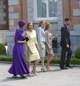 Sheikha Moza Bint Nasser AlMissned Queen Sofia of Spain Princess Cristina of Spain Princess Letizia of Spain and Prince Felipe of Spain pose for the...