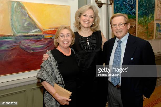 Sheila Cresswell Terri Lindvall and Ronnie Cresswell attend MICHELLEMARIE HEINEMANN and TERRI LINDVALL'S Lecture and Private Dinner to benefit the...