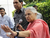 Sheila Dikshit Delhi Chief Minister addresses a press conference at her residence on October 26 2013 in New Delhi India Dikshit said onion prices...