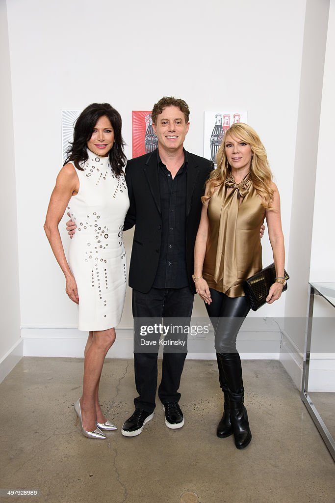 Sheila Rosenblum, Pop Artist Burton Morris and Ramona Singer attend the Sheila Rosenblum Resident Magazine Cover Party at Soho Contemporary Art Gallery on November 19, 2015 in New York City.