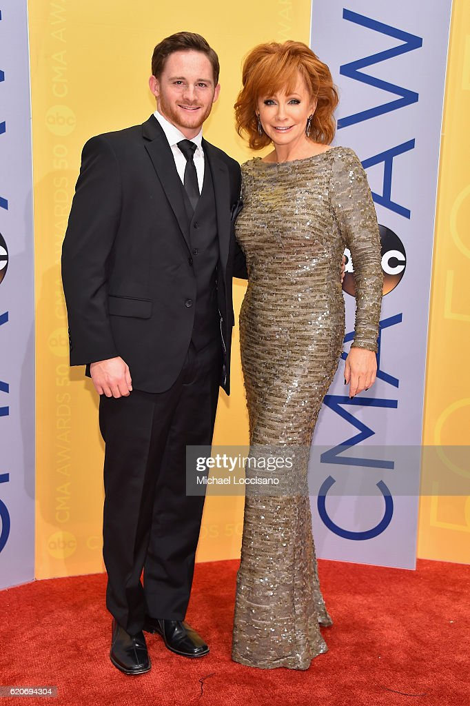 shelby-blackstock-and-singersongwriter-reba-mcentire-attends-the-50th-picture-id620694304