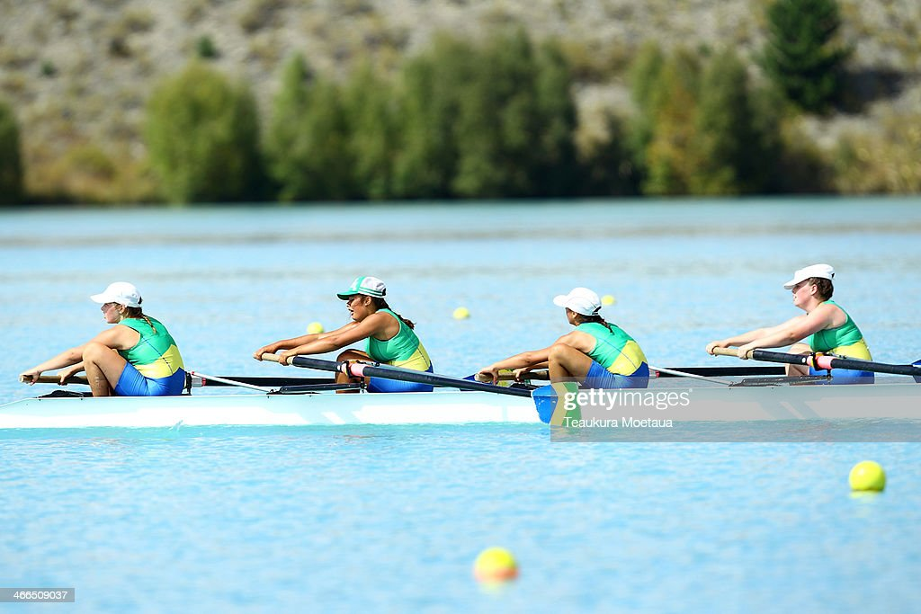 Shelby Davidson Ruby Randall Molly Ellis Olivia Peacock and Kathryn Ford of Dunstan Arm compete in the Womans novice coxed four during the South...