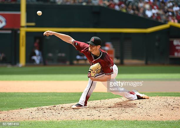 Shelby Miller of the Arizona Diamondbacks delivers a pitch against the Colorado Rockies at Chase Field on May 01 2016 in Phoenix Arizona