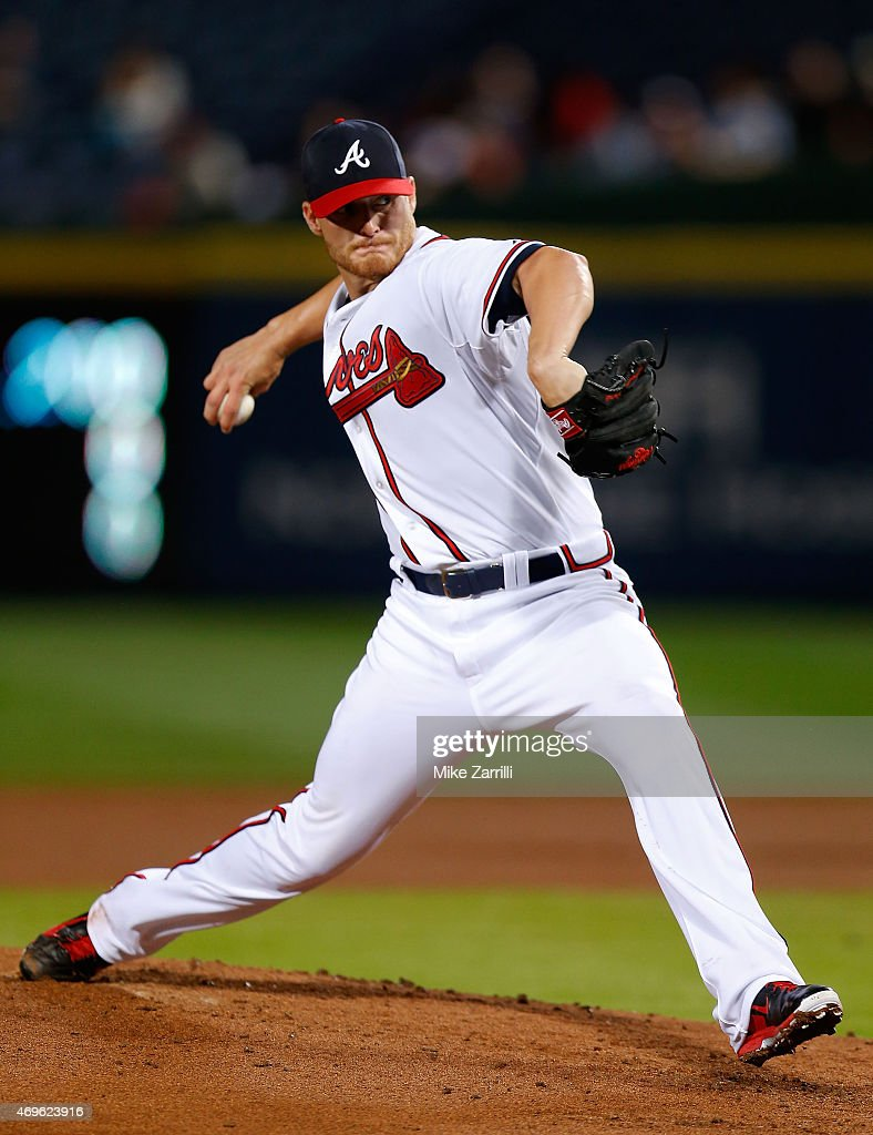 <a gi-track='captionPersonalityLinkClicked' href=/galleries/search?phrase=Shelby+Miller&family=editorial&specificpeople=4761626 ng-click='$event.stopPropagation()'>Shelby Miller</a> #17 of the Atlanta Braves pitches in the second inning during the game against the Miami Marlins at Turner Field on April 13, 2015 in Atlanta, Georgia.