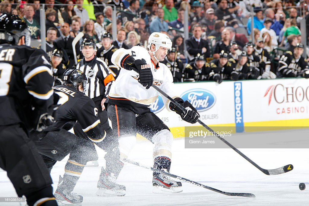 <a gi-track='captionPersonalityLinkClicked' href=/galleries/search?phrase=Sheldon+Souray&family=editorial&specificpeople=203131 ng-click='$event.stopPropagation()'>Sheldon Souray</a> #44 of the Anaheim Ducks handles the puck against Antoine Roussel #60 of the Dallas Stars at the American Airlines Center on February 8, 2013 in Dallas, Texas.