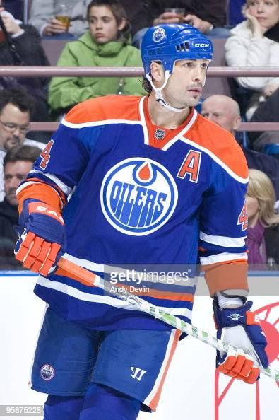 Sheldon Souray of the Edmonton Oilers skates against the Nashville Predators at Rexall Place on January 12 2010 in Edmonton Alberta Canada The...