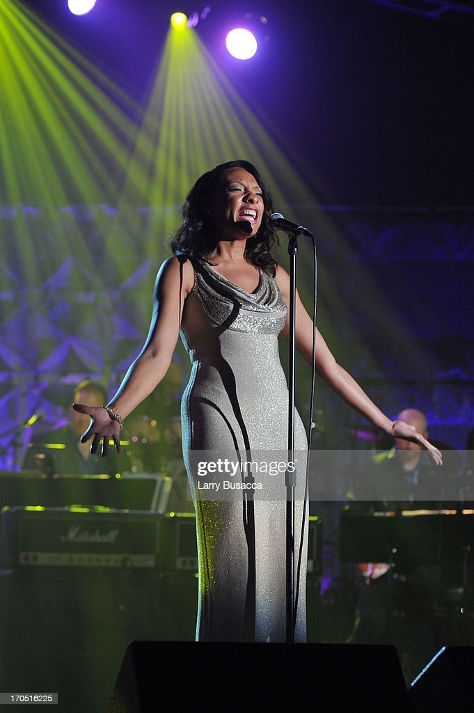Shelea Frazier performs at the Songwriters Hall of Fame 44th Annual Induction and Awards Dinner at the New York Marriott Marquis on June 13, 2013 in New York City.