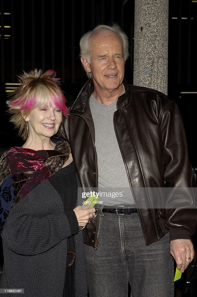 how did shelley fabares and mike farrell meet