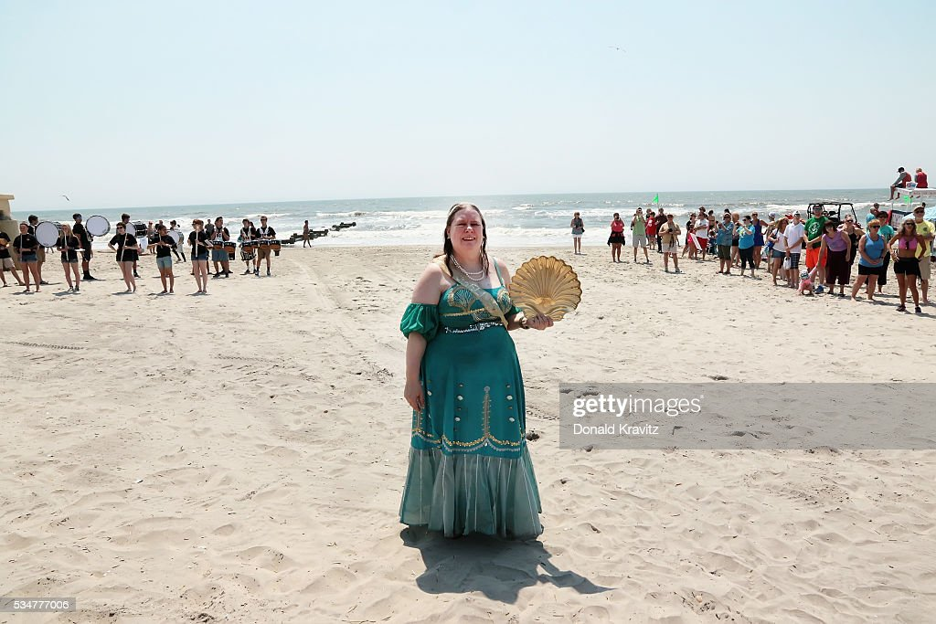 Shelly Seashell (Suzanne Muldowney) takes part in the Unlocking Of The Ocean and The Business Persons Plunge on May 27, 2016 in Ocean City, New Jersey.