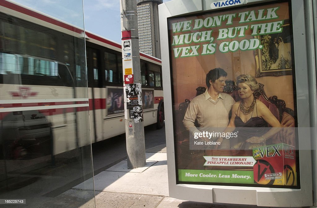 shelter_KL01_062405_The vex bus shelter on Queen's Quay