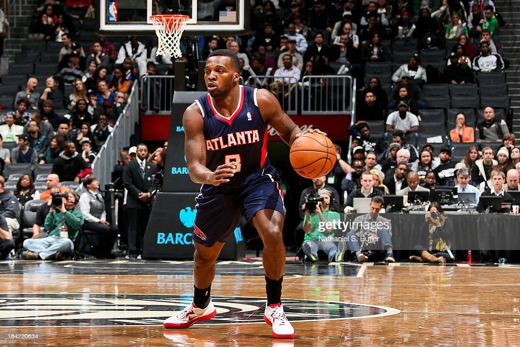 <a gi-track='captionPersonalityLinkClicked' href=/galleries/search?phrase=Shelvin+Mack&family=editorial&specificpeople=5767272 ng-click='$event.stopPropagation()'>Shelvin Mack</a> #8 of the Atlanta Hawks controls the ball against the Brooklyn Nets on March 17, 2013 at the Barclays Center in the Brooklyn borough of New York City.
