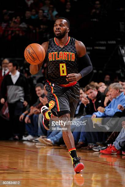 Shelvin Mack of the Atlanta Hawks handles the ball against the Houston Rockets on December 29 2015 at the Toyota Center in Houston Texas NOTE TO USER...
