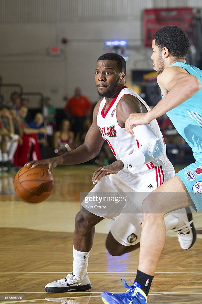 <a gi-track='captionPersonalityLinkClicked' href=/galleries/search?phrase=Shelvin+Mack&family=editorial&specificpeople=5767272 ng-click='$event.stopPropagation()'>Shelvin Mack</a> #9 of the Maine Red Claws plays against Mark Tyndale #11 of the Sioux Falls Skyforce on December 2, 2012 at the Portland Expo in Portland, Maine.