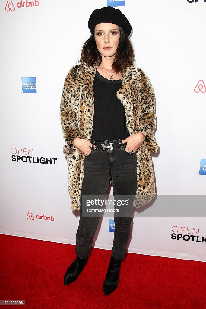 Shenae Grimes attends the 3rd Annual Airbnb Open Spotlight at Various Locations on November 19, 2016 in Los Angeles, California.