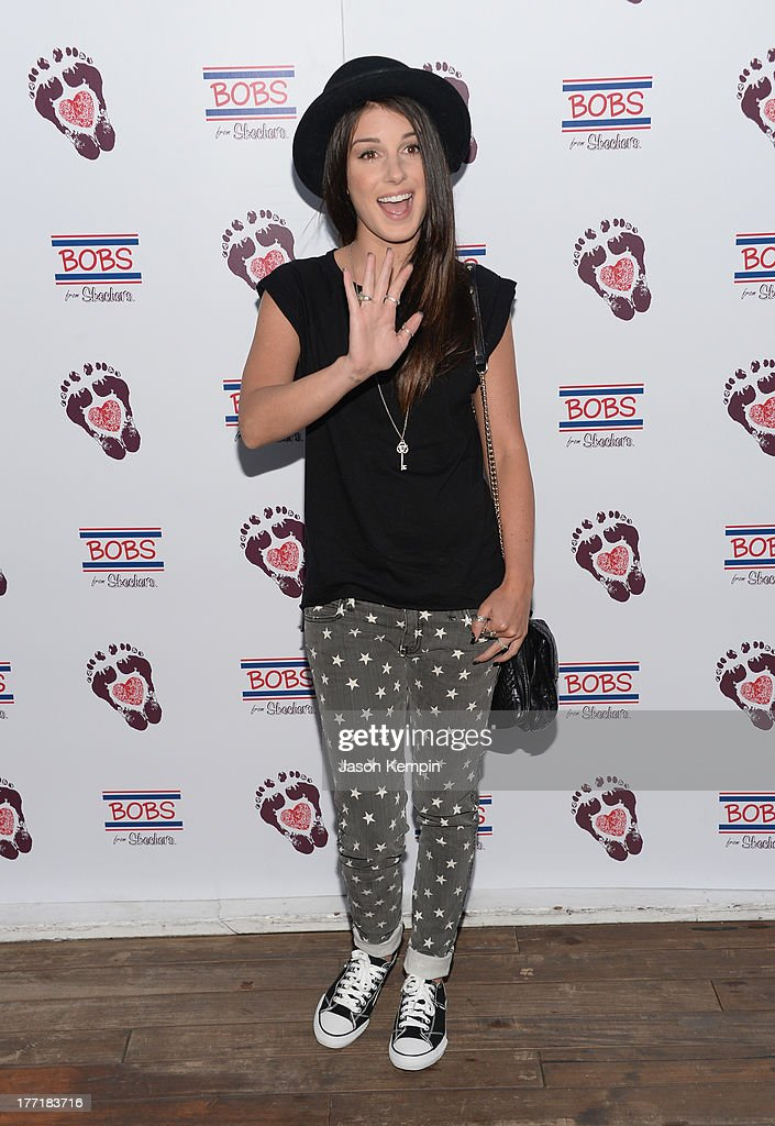 <a gi-track='captionPersonalityLinkClicked' href=/galleries/search?phrase=Shenae+Grimes&family=editorial&specificpeople=2153141 ng-click='$event.stopPropagation()'>Shenae Grimes</a> attends the Bobs From Skechers Summer Soiree at SkyBar at the Mondrian Los Angeles on August 21, 2013 in West Hollywood, California.