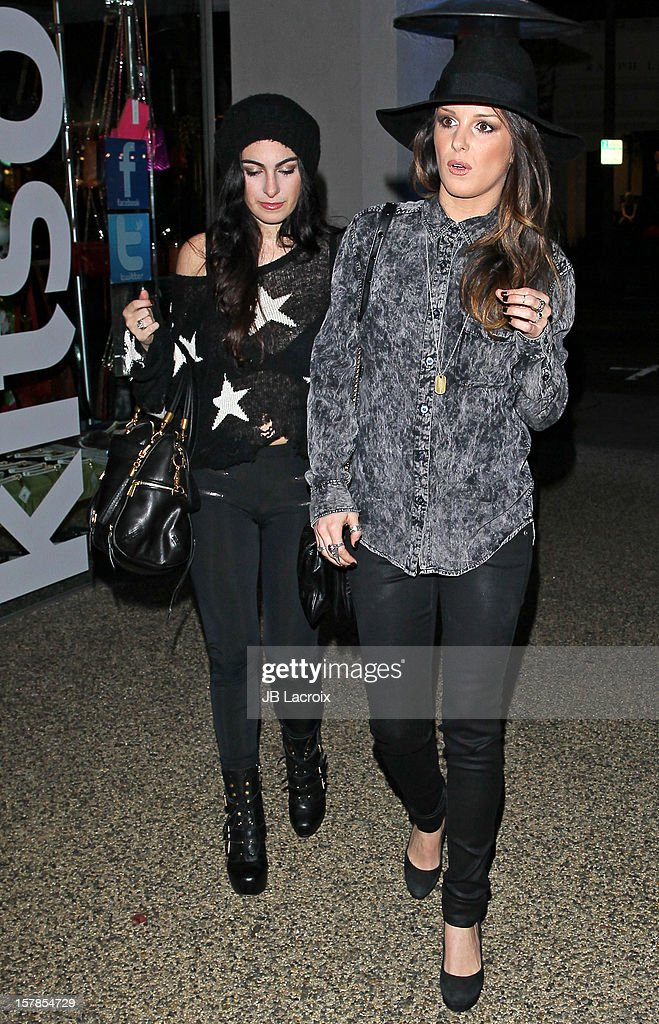 <a gi-track='captionPersonalityLinkClicked' href=/galleries/search?phrase=Shenae+Grimes&family=editorial&specificpeople=2153141 ng-click='$event.stopPropagation()'>Shenae Grimes</a> (L) is seen on December 6, 2012 in Los Angeles, California.