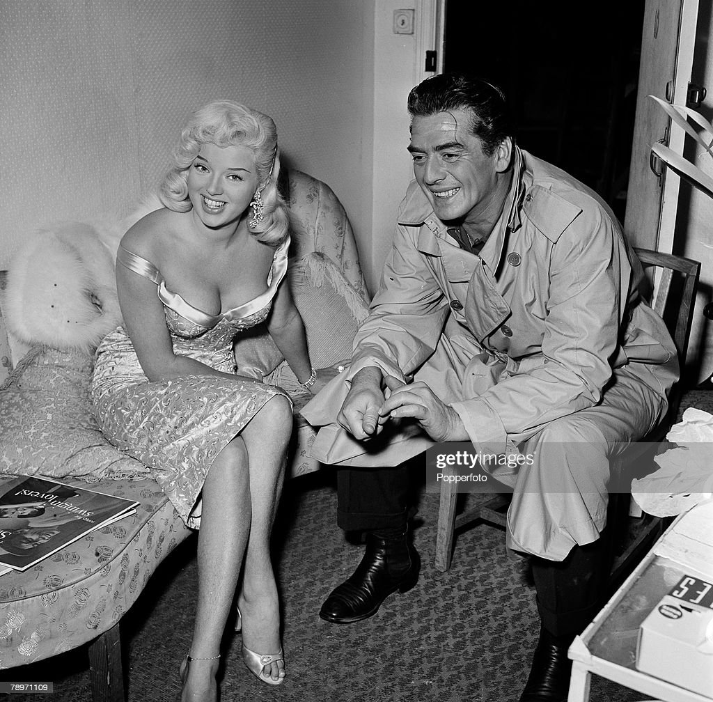 1957 shepperton studio s london actress diana dors with american