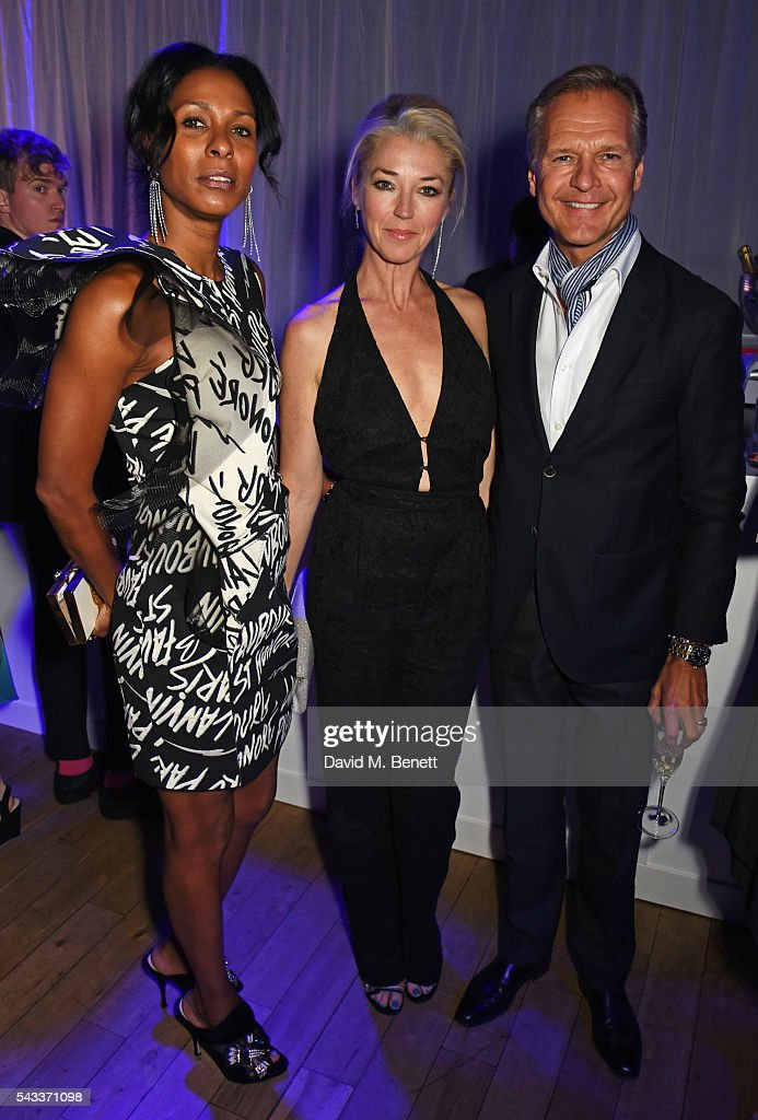 Sherett Dahlstrom, <a gi-track='captionPersonalityLinkClicked' href=/galleries/search?phrase=Tamara+Beckwith&family=editorial&specificpeople=201578 ng-click='$event.stopPropagation()'>Tamara Beckwith</a> and guest attend the Summer Gala for The Old Vic at The Brewery on June 27, 2016 in London, England.