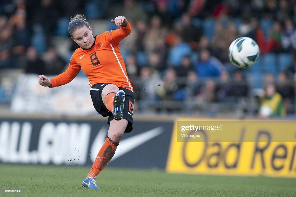 Sherida Spitse of Holland during the Women's international friendly match between Netherlands and Wales, at Tata steel stadium on November 25, 2012 in Velzen-Zuid, Netherlands.
