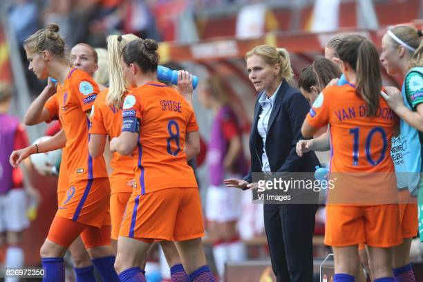 Sherida Spitse of Holland Women coach Sarina Wiegman of Holland Women during the UEFA WEURO 2017 final match between The Netherlands and Denmark at...