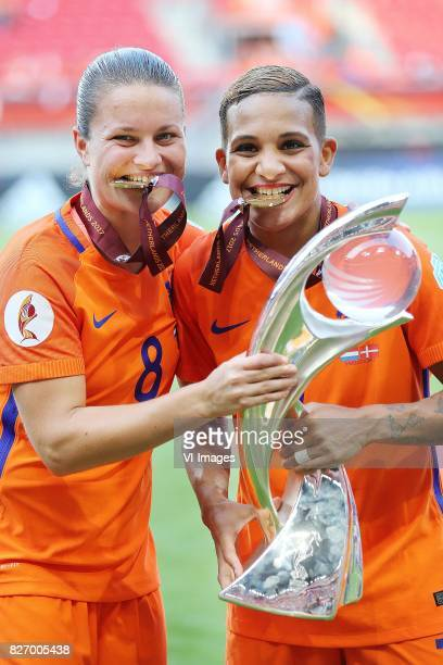 Sherida Spitse of Holland Women Shanice van de Sanden of Holland Women during the UEFA WEURO 2017 final match between The Netherlands and Denmark at...