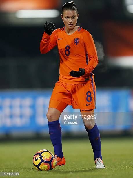 Sherida Spitse of Hollandduring the friendly match between the women of Netherlands and England on November 29 2016 at the Koning Willem II stadium...