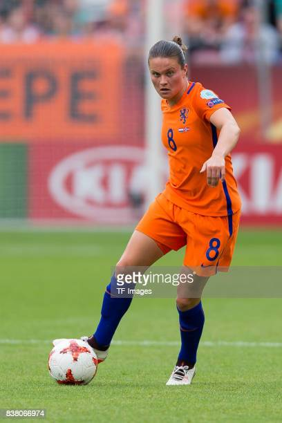 Sherida Spitse of the Netherlands controls the ball during their Group A match between Netherlands and Norway during the UEFA Women's Euro 2017 at...