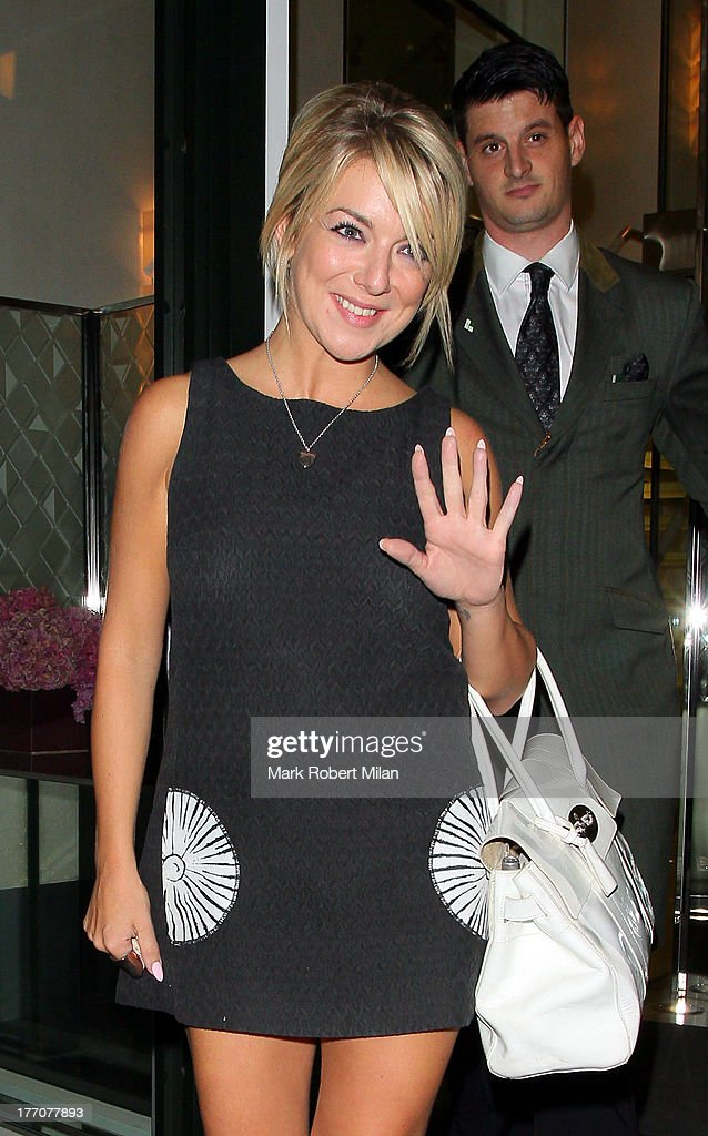 <a gi-track='captionPersonalityLinkClicked' href=/galleries/search?phrase=Sheridan+Smith&family=editorial&specificpeople=4159304 ng-click='$event.stopPropagation()'>Sheridan Smith</a> at the Ivy Club to celebrate the birthday of David Walliams on August 20, 2013 in London, England.