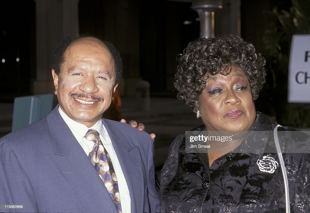 isabel sanford biography