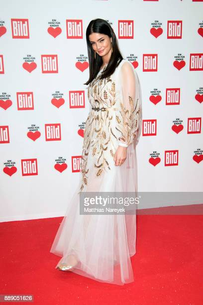 Shermine Shahrivar arrives at the Ein Herz Fuer Kinder Gala at Studio Berlin Adlershof on December 9 2017 in Berlin Germany