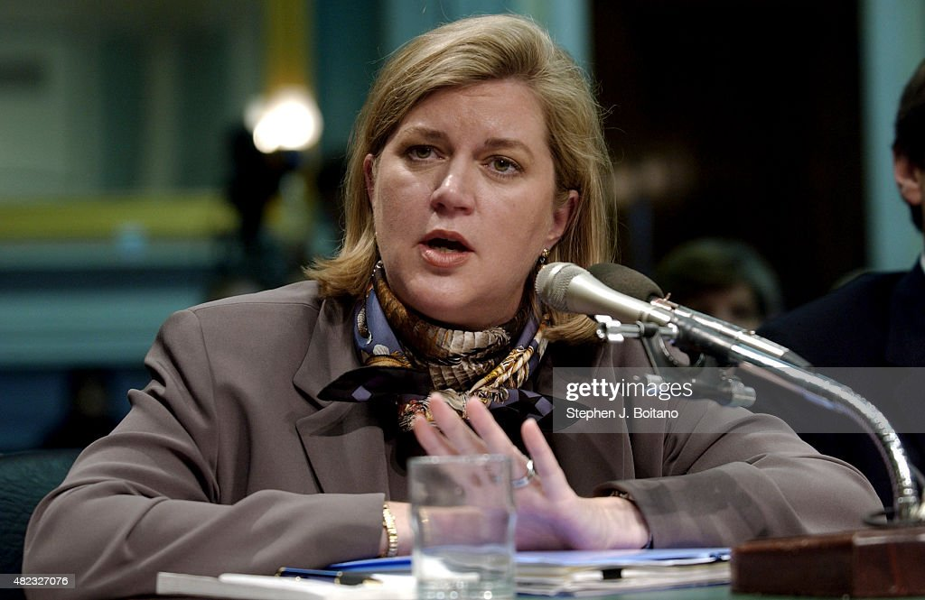 the issue of whistle blowing in the case of ms watkins a vice president of enron
