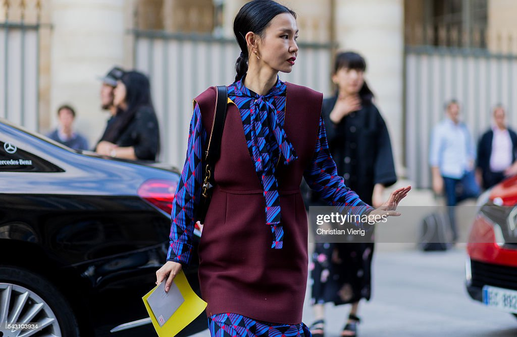 Sherry Chen outside Hermes during the Paris Fashion Week Menswear Spring/Summer 2017 on June 25, 2016 in Paris, France.
