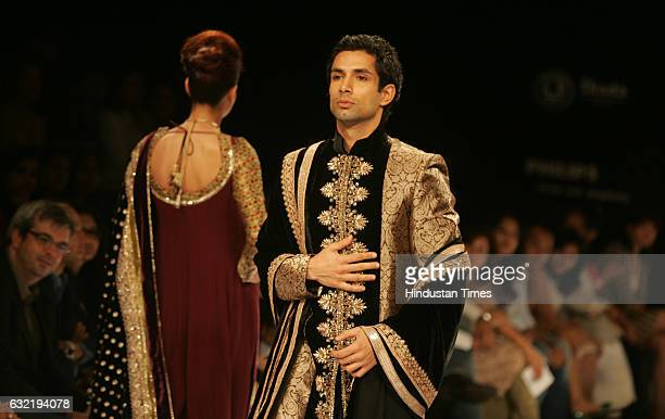 LFW09 Sherwani Male Model walks on ramp in Shyamal and Bhumika 's Creation on the First Day of Lakme Fashion Week