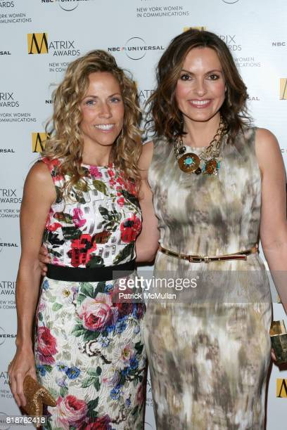 Sheryl Crow and Mariska Hargitay attend New York WOMEN IN COMMUNICATIONS Presents The 2010 MATRIX AWARDS at Waldorf Astoria on April 19 2010 in New...