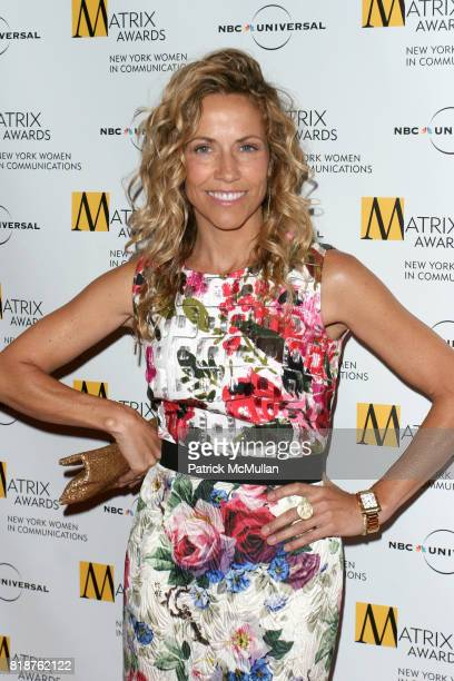 Sheryl Crow attends New York WOMEN IN COMMUNICATIONS Presents The 2010 MATRIX AWARDS at Waldorf Astoria on April 19 2010 in New York City