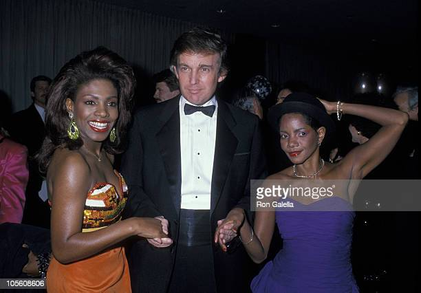 Sheryl Lee Ralph Donald Trump and guest during Benefit for the Starlight Foundation Februrary 23 1989 at Waldorf Astoria Hotel in New York New York...