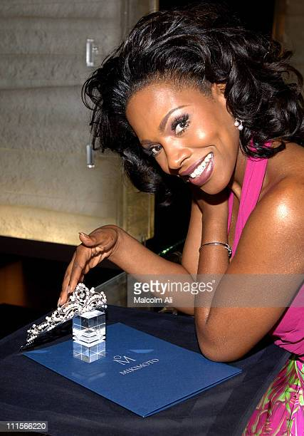 Sheryl Lee Ralph during Mikimoto to Loan Exclusive Tiara to Sheryl Lee Ralph for her July 30 Nuptuals at Regent Beverly Wilshire Hotel in Beverly...