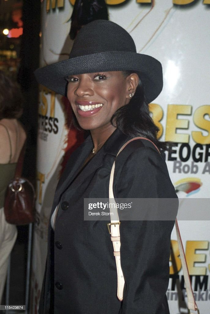 Sheryl Lee Ralph during Sheryl Lee Ralph Exits the Marriott Marquis After 'Thoroughly Modern Millie' - September 9, 2002 at Marriott Marquis Hotel in New York City, New York, United States.