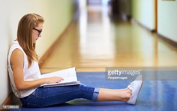 Sie ist eine fleißige Schüler